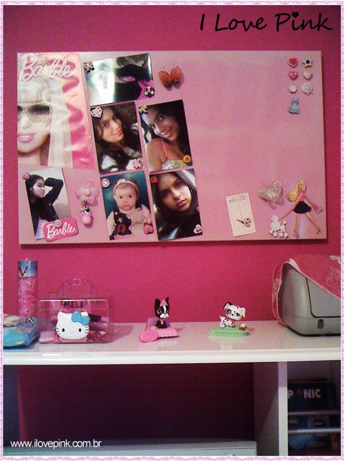 I Love Pink - Meu Quarto Cor de Rosa: Bruna - parede rosa e mural de fotos cor de rosa