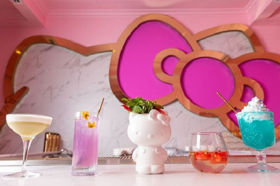 Hello Kitty Gran Café