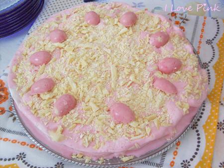 Bolo de Sorvete Cor-de-Rosa - com sorvete de morango e chocolate branco