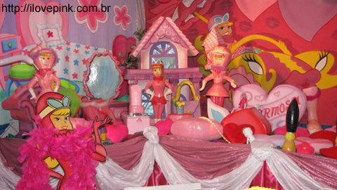 festa-da-penelope-charmosa-i-love-pink