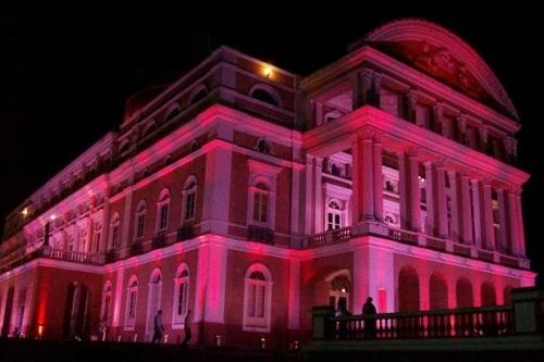 Teatro Amazonas - Outubro Rosa