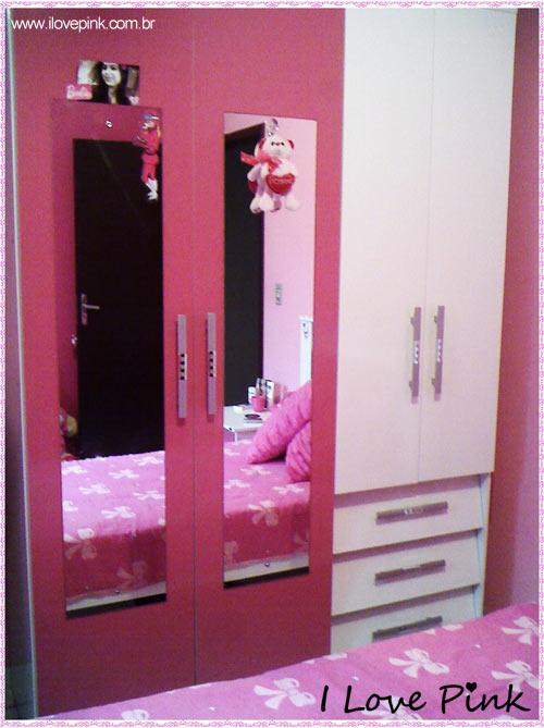 I Love Pink - Meu Quarto Cor de Rosa: Bruna - guarda-roupa cor de rosa e branco com espelhos