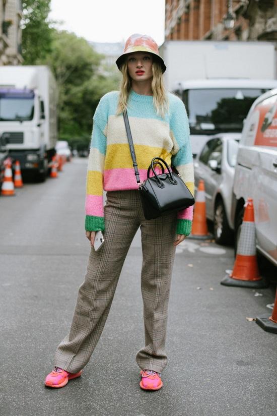 Pink é a nova tendência do Paris Fashion Week