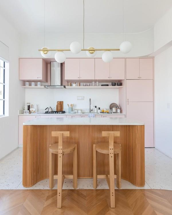 A cozinha dos sonhos é cor de rosa